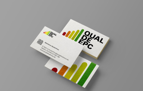 QualDeEPC-Visitenkarten Weiss-Mockup